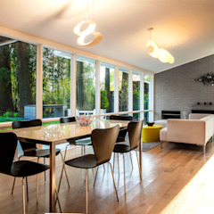 Moderne Esszimmer von KUBE Architecture Modern