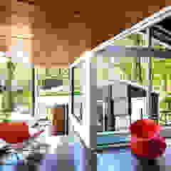 Moderne Arbeitszimmer von KUBE Architecture Modern