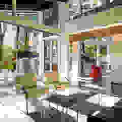 Moderne Wohnzimmer von KUBE Architecture Modern