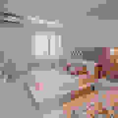 by ISADORA MARTEL interiores Modern