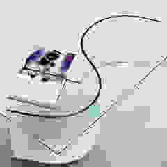 Nirvana curved glass table for living rooms INFABBRICA 客廳邊桌與托盤 玻璃 Transparent