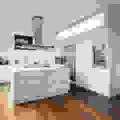 Weinkath GmbH KitchenCabinets & shelves White