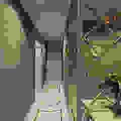 НЕОКЛАССИКА(холл) Коридор, прихожая и лестница в классическом стиле от STUDIO DESIGN КРАСНЫЙ НОСОРОГ Классический