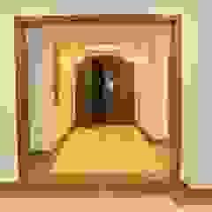 Modern corridor, hallway & stairs by lifestyle_interiordesign Modern
