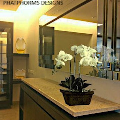 Crockery unit with a Customised Decorative Mirror as focal point Phat Phorms Designs