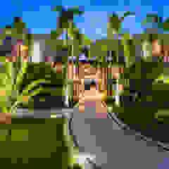 Tropical style hotels by Arcencielstudio Tropical