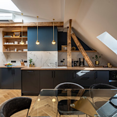 توسط Ivy's Design - Interior Designer aus Berlin مدرن چوب Wood effect