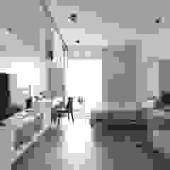 低調的奢華 现代客厅設計點子、靈感 & 圖片 根據 木皆空間設計 現代風