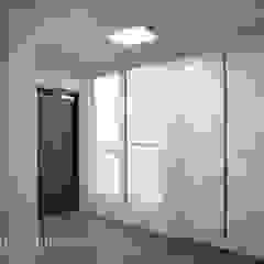 우장산 롯데캐슬 45py 모던스타일 복도, 현관 & 계단 by Design Daroom 디자인다룸 모던