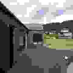 ARAY モダンデザインの テラス の キューボデザイン建築計画設計事務所 モダン