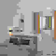 Master bedroom Minimalist bedroom by Swish Design Works Minimalist Plywood