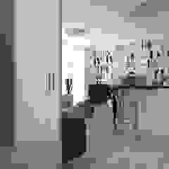 mieszkanie//49m Skandynawski salon od TOTAMSTUDIO pracownia architektury wnętrz Skandynawski
