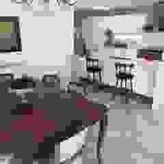 Salas de jantar clássicas por Mc Govern estudio de arquitectura Clássico Madeira Efeito de madeira