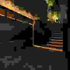 de GUBAH RUANG studio Moderno Aluminio/Cinc