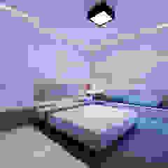 Slope House Sowi Gunung 2.0 Kamar Bayi/Anak Modern Oleh GUBAH RUANG studio Modern Batu Bata