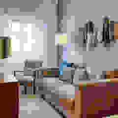 SALA - BENFICA Salas de estar mediterrânicas por maria inês home style Mediterrânico