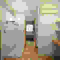焼杉の家 ~野津のリノベーション~ 北欧スタイルの お風呂・バスルーム の 山道勉建築 北欧 木 木目調