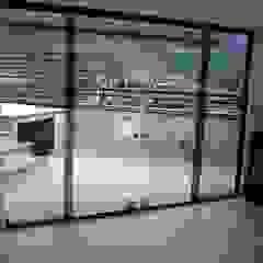 من GrupoSpacio constructores en Madrid تبسيطي زجاج