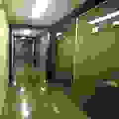 Minimalist office buildings by Группа компаний 'Стронг' Minimalist