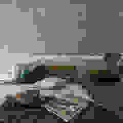 Minimalist bedroom by 六木設計 Minimalist