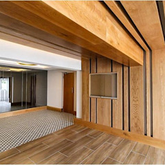 Foyer renovations Sea Point Modern Corridor, Hallway and Staircase by Holloway and Davel architects Modern Wood Wood effect