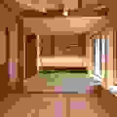 窓辺の家 和風デザインの リビング の 田村建築設計工房 和風