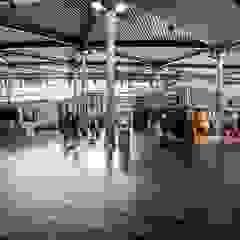 Autoverhuur Amsterdam Airport Schiphol Moderne vliegvelden van Darlaine heitinga Modern