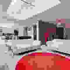 Totteridge N20 modern extension and full refurbishment Modern living room by Compass Design & Build Modern