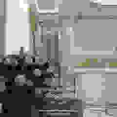 Дизайн-проект интерьера квартиры в ЖК Розмарин в стиле ар-деко Коридор, прихожая и лестница в классическом стиле от Дизайн-студия элитных интерьеров Анжелики Прудниковой Классический