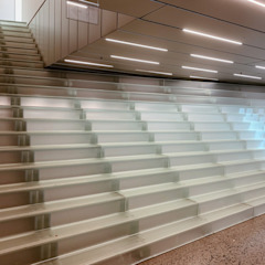 من Siller Treppen/Stairs/Scale حداثي زجاج