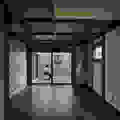 توسط I.M.A DESIGN OFFICE (アイエムエーデザインオフィス)一級建築士事務所 راستیک (روستایی) چوب Wood effect