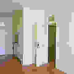 Apartamentos e alojamentos turísticos em prédio reabilitado Cozinhas clássicas por José Melo Ferreira, Arquitecto Clássico