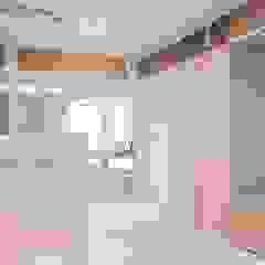 Minimalist offices & stores by S.Lo Studio Minimalist Plywood