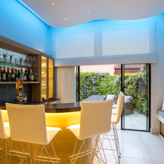 Residence in Zimbali Golf estate by Architech Modern Solid Wood Multicolored