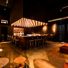by Hammer & Margrander Interior GmbH Eclectic