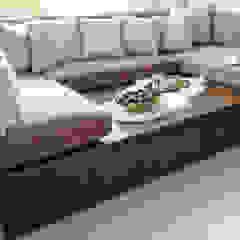 CHUNG HOM KOK HOME Modern media room by B Squared Design Limited Modern