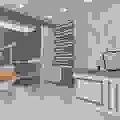 Cliniche in stile asiatico di skyqube interiors Asiatico Compensato