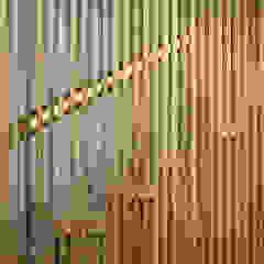 Scandinavische kantoorgebouwen van Pablo Falcón arquitecto Scandinavisch Massief hout Bont