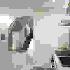 کرجی مدیترانه، راهرو و پله ها توسط Loredana Tumino Architetto مدیترانه ای کاشی