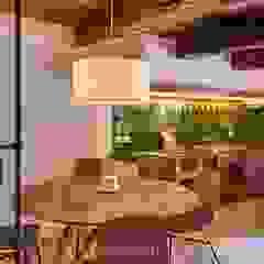 Comedores de estilo mediterráneo de Arquitectura d'Interiors-Isabel Roviralta Mediterráneo Azulejos