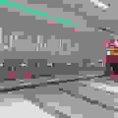Moderne winkelcentra van TEKNİK İNŞAAT PARKE VE DEKORASYON Modern Glas