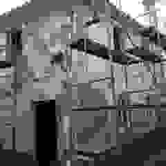 Remodelação de interior fachadas e cobertura por Roger Remodelações- Reparações Campestre