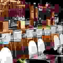 CLARION HOTEL THE HUB - OSLO Bar & Club in stile scandinavo di LA FUCINA ITALIANA Scandinavo Ferro / Acciaio