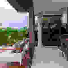 by Studio Kyze Arquitetura e Design Tropical لکڑی Wood effect