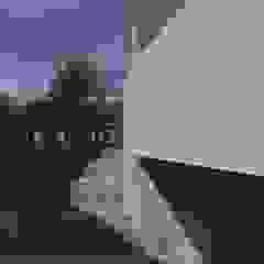 Minimalist corridor, hallway & stairs by GT Construcciones Minimalist Concrete