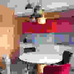 من Interior designers Pavel and Svetlana Alekseeva صناعي