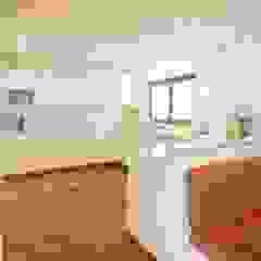 raumdeuter GbR Kitchen units Wood White
