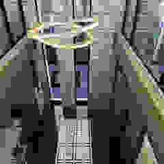 الممر الحديث، المدخل و الدرج من ANTE MİMARLIK حداثي