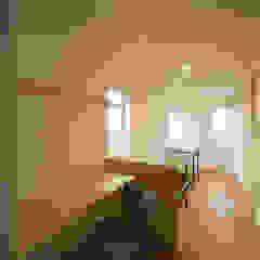 一級建築士事務所 想建築工房 Modern study/office