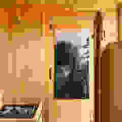 Individuelles Saunahaus auf Dachterrasse  KOERNER Saunamanufaktur KOERNER SAUNABAU GMBH Sauna